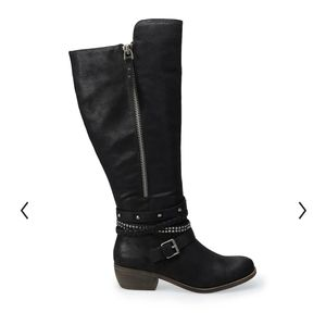NWOB boots size 10